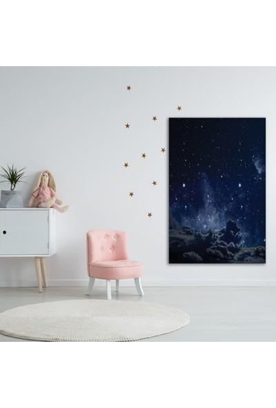 Henge Gri Bulut Gece Gökyüzü Desenli Duvar Perdesi - Duvar Örtüsü