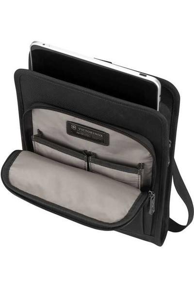 "Victorinox 31323901 Architecture 3.0 Tribune Apple iPad 10"" Tablet Çantası"
