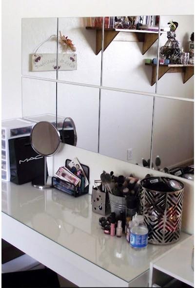 Lyn Home Dekoratif 4'lü Ayna (30X30CM)