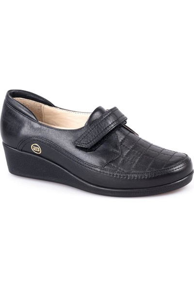 Atiker 152104 Kadın Günlük Deri Ayakkabı Siyah