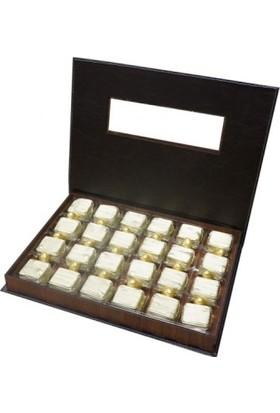 çarşıbaşı Hediyelik Yaldızlı Üzümlü Fındıklı Çikolata - Altın Badem Draje - 570 gr