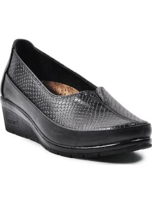 Pabucmarketi Siyah Topuk Jel Destekli Kadın Ayakkabı