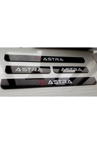 Berişbek Kardeşler Opel Astra H Pleksi Krom Yazılı Kapı Eşiği Takımı (4 Parça)