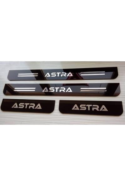 Berişbek Kardeşler Opel Astra H Pleksi Kapı Eşiği Takımı (4 Parça)