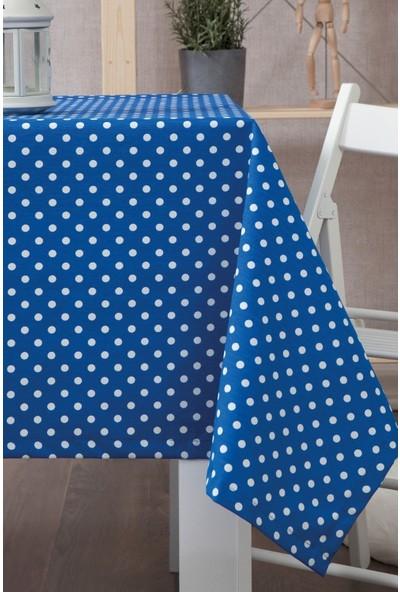 Derinteks Saks Mavi Zemin Beyaz Puantiyeli Dertsiz Masa Örtüsü 100 x 100 cm
