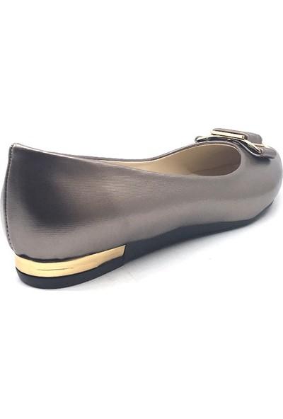 Ceylan 8360 Platin Şanel Günlük Bayan Babet Ayakkabı