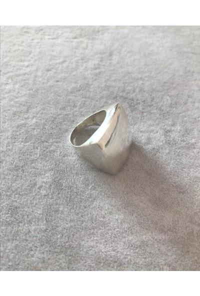 D'amour 925 Ayar Gümüş Kare Yüzük
