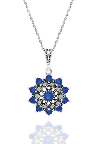 Jelux Silver Çiçek Motifli Taşlı Kadın Kolye