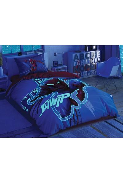 Taç Lisanslı Spiderman Light City Glow Tek Kişilik Nevresim Takımı