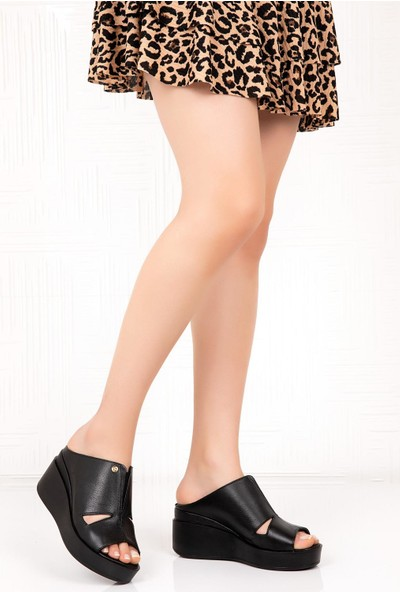 Bellacomfort Shoes Deri Kadın Dolgu Topuk Terlik - Siyah C1407S
