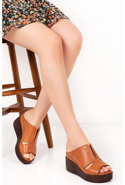 Bellacomfort Shoes Deri Kadın Dolgu Topuk Terlik - Taba C1407T