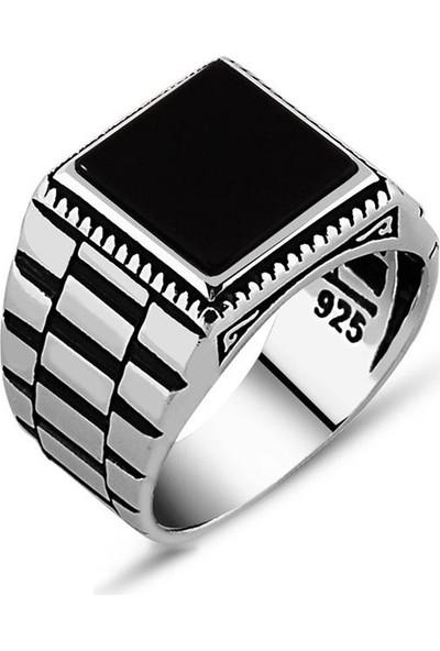 Kovan Simetrik Desenli Siyah Oniks Taşlı 925 Ayar Gümüş Erkek Yüzük