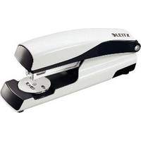 Leitz Zımba Wow 30 Sayfa Kapasiteli Metalik Beyaz 55022001