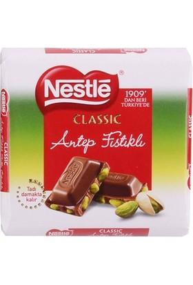 Nestle Classic Antep Fıstıklı Kare Çikolata 80 Gr
