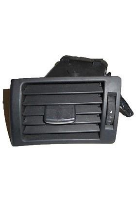 Audi A4 2001 > Torpido Havalandırma Izgarası Sağ (Siyah)