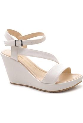 Pupil 7785 Beyaz Karnı Yarık Model Dolgu Topuk Kadın Sandalet