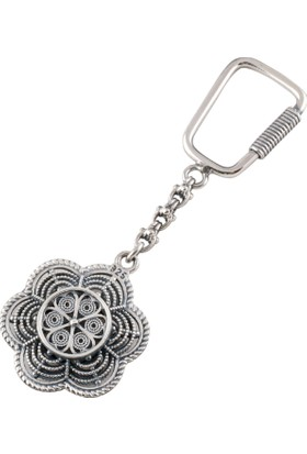 Akyüz Gümüş Sade Papatya Modeli Telkari Gümüş Anahtarlık