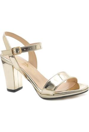 Klc Parlak Tek Bant Kare Topuk Kadın Ayakkabı