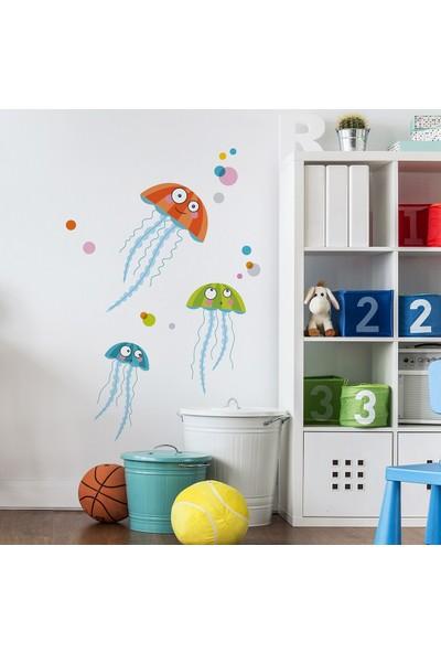 DekorLoft Komik Deniz Anası Çocuk Odası Duvar Sticker CS-327