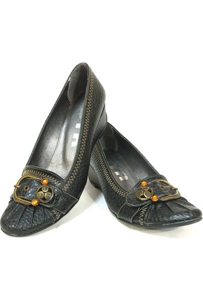 Byr 35052 Siyah Dolgu Topuk Bayan Ayakkabı
