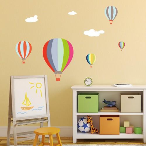 DekorLoft Renkli Uçan Balonlar Çocuk Odası Duvar Sticker CS-349