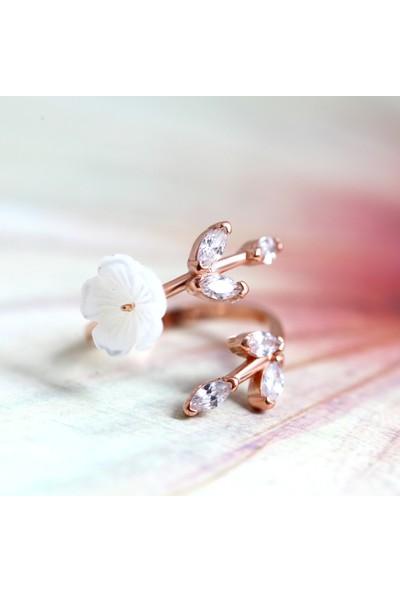 Lotus Gümüş Manolya Çiçeği Ayarlanabilir Beyaz 925 Ayar Gümüş Kadın Yüzük