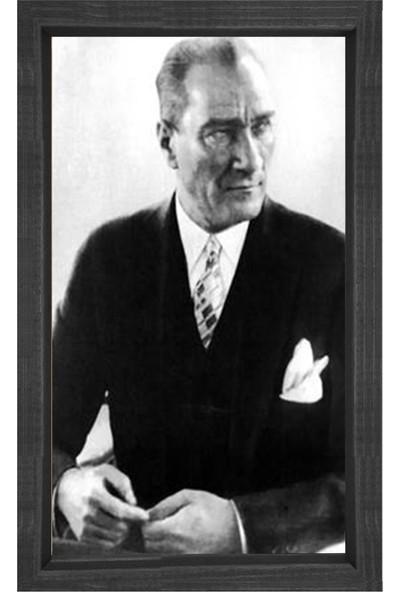Deniz Çerçeve Atatürk Tesbih Çekerken Tablosu Siyah Ahşap Çerçeve