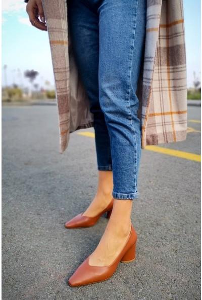 Burke Deri Önü V Kesim Taba Topuklu Ayakkabı