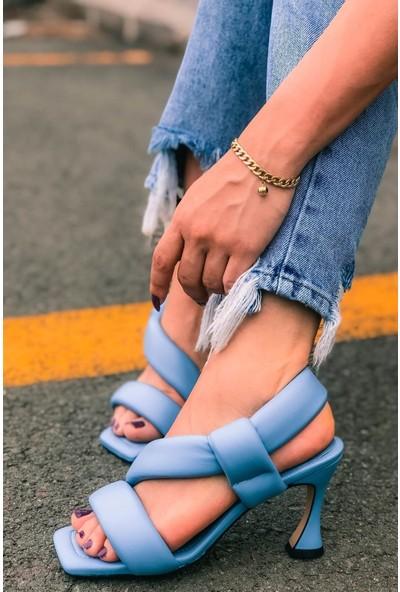 Soto Bantlı Arkadan Lastikli Bebek Mavi Topuklu Ayakkabı