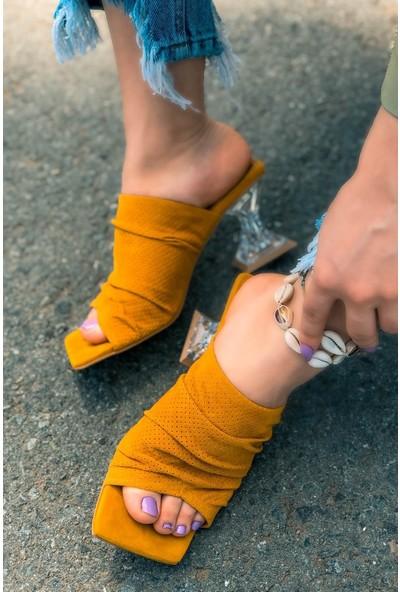 Zach Süet Delikli Hardal Şeffaf Topuklu Ayakkabı