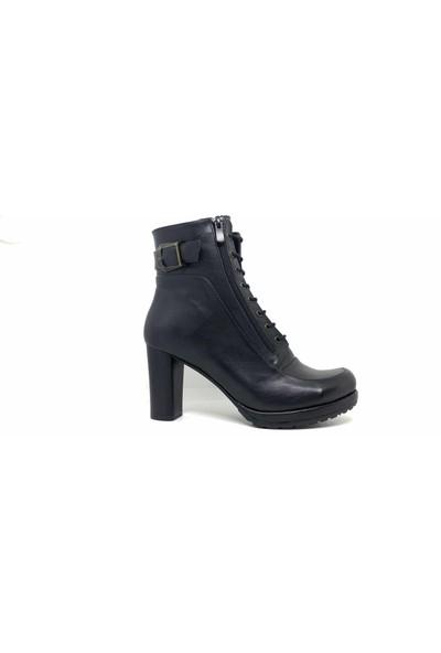 Ventes Kadın Siyah Deri Kısa Fermuarlı Topuklu Bot Kaymaz Taban 2565