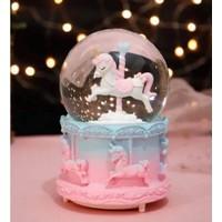 1 Özel Hediye Kar Püskürten Atlı Karınca Tasarımlı Kar Küresi ve Müzik Kutusu Büyük Boy