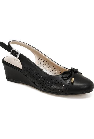 Polaris 315152.Z Siyah Kadın Sandalet
