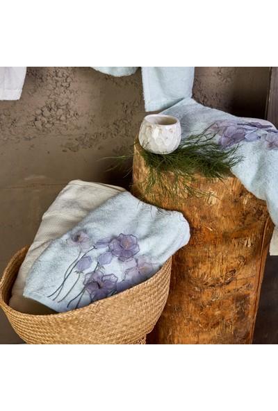 Karaca Home Vesta Su Yeşili Offwhite 3D Nakışlı Bambu Aile Seti