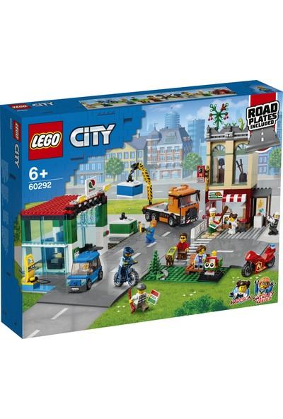LEGO® City Şehir Merkezi 60292 - Çocuklar için Oyuncak Yapım Seti (790 Parça)