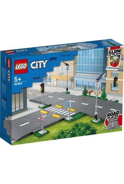 LEGO® City Yol Zeminleri 60304 - Çocuklar için Oyuncak Yapım Seti (112 Parça)