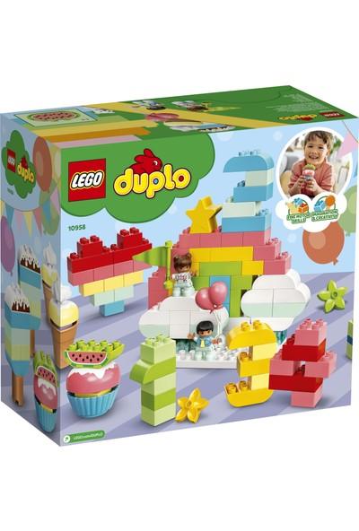 LEGO DUPLO Classic 200 Parçalık Yaratıcı Parçalar Kutusu (10958) - Doğum Günü Partisi Temalı Çocuk Oyuncak Yapım Seti