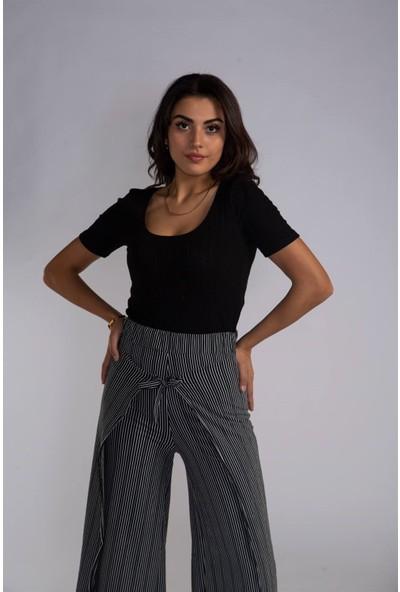 Melinka Butik Geniş Yaka Bluz - Siyah