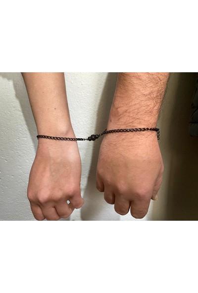 M&B Siyah Mıknatıslı Zincir Çift Sevgili Bilekliği