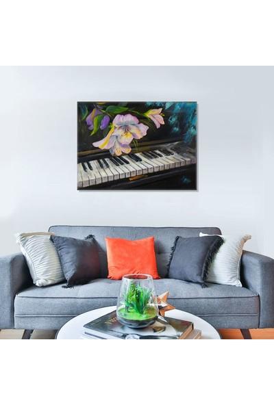 Pablofi Piyano ve Çiçek Yağlı Boya Redrodüksiyon Kanvas Tablo 70 x 100 cm