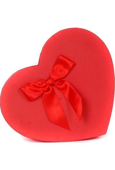 Nostaljik Lezzetler Sevdiğine Kendini Özel Hissettir Kalpli Kutu Çikolata Yağmuru