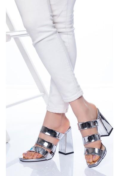 Ayakkabı Frekansı Niko Topuklu Ayakkabı Gümüş