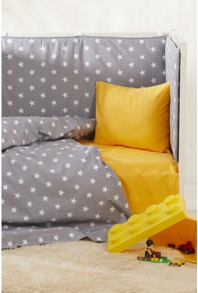 Bade Tasarım Gri & Sarı Yıldız Desenli 5 Parça Bebek Uyku Seti