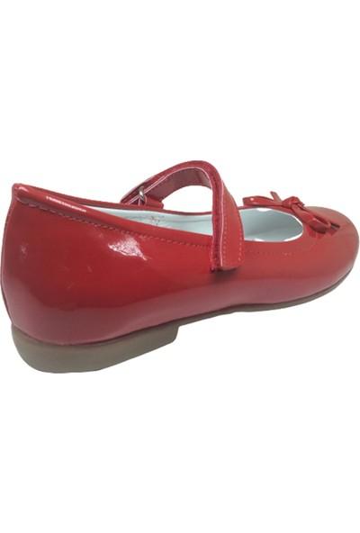 Ortaç Kırmızı Rugan Bıyık Fiyonk Kız Çocuk Babet Ayakkabısı
