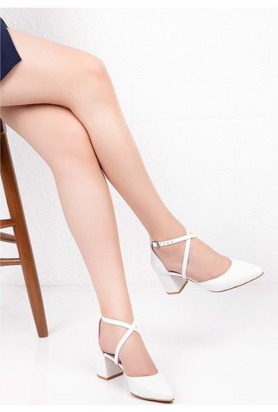 Gondol Deri Çapraz Bant Detay Topuklu Ayakkabı ŞHN.0077