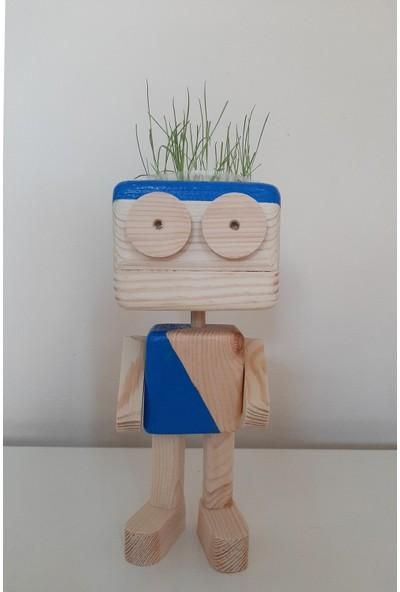 Ormanca Ahşap Çim Adam,robot Nostalji Saksı