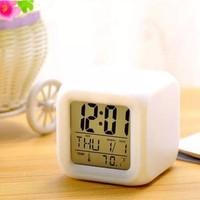 Premio Ev Ofis Masa Saati 7 Renk Değiştiren Dijital Küp Alarmlı Çalar Saat Gece Lambası