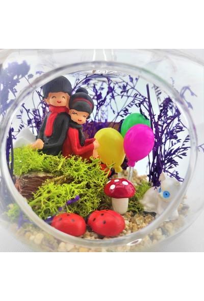Eba Kuru Çiçek Teraryum Balonlu Sırt Sırta Sevgili