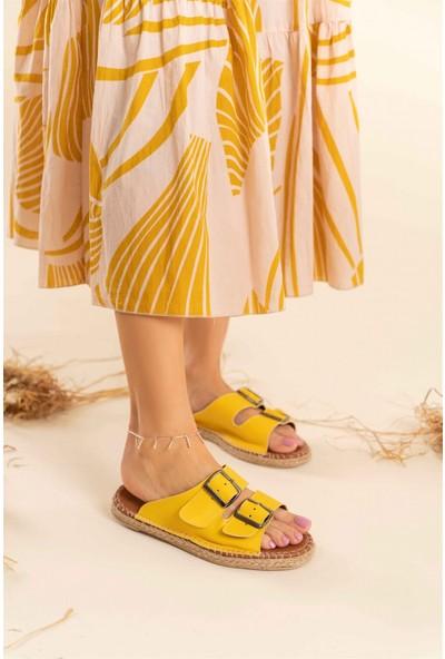 LostraMarkett Sarı Mat Toka Detaylı Kadın Yazlık Terlik