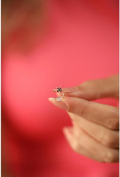 Ninova Silver Yıldız Model Siyah Zirkon Taşlı Rose Kaplama Gümüş Kıkırdak Küpe